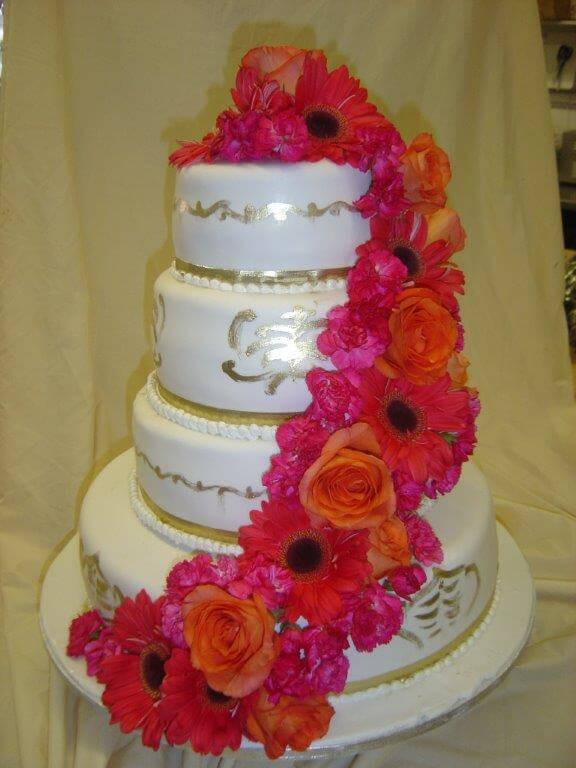 wedding cakes and cupcakes vancouver wedding cake in vancouver and burnaby 23793